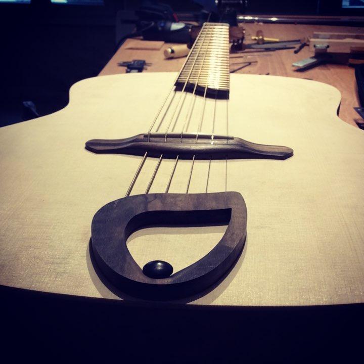 Guitare 02 à l'essai